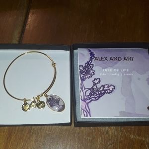 Alex and Ani goldtone tree of life bracelet